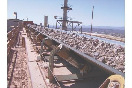Recognising belt conveyor danger zones
